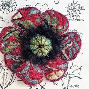 Red 'Strawberry Thief' Poppy Flower Brooch